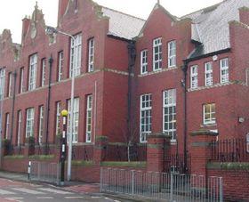 Gladstone primary school barry